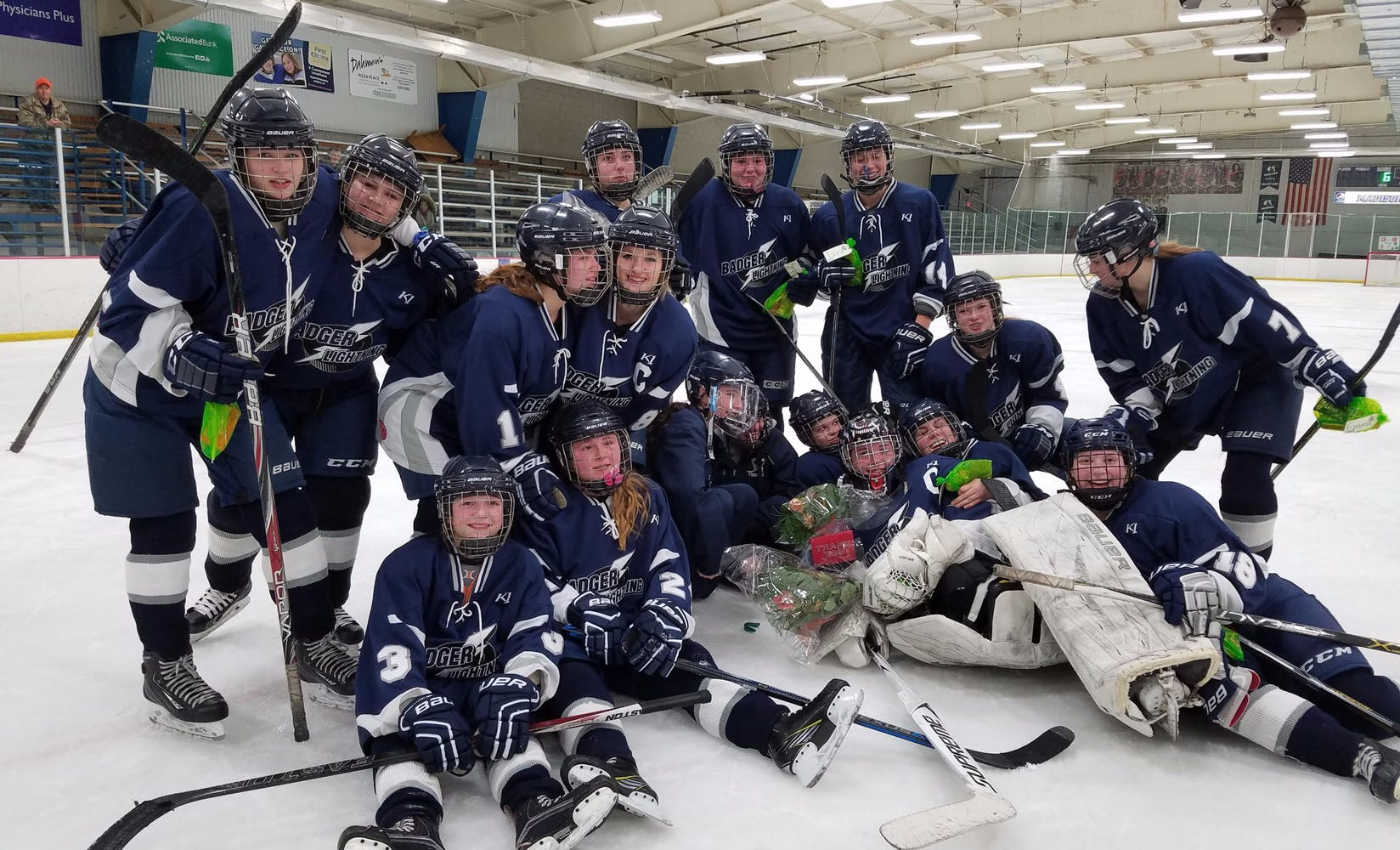 badger lightening girls high_school hockey team